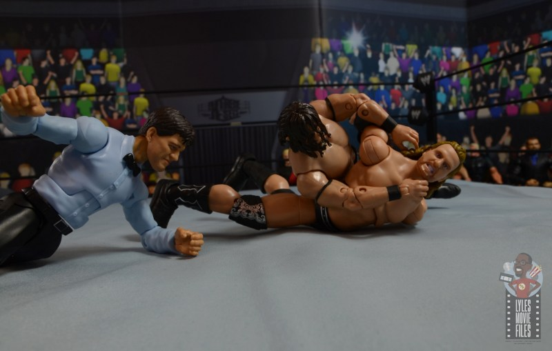 aew-unrivaled-pac-figure-review-trying-to-get-hangman-in-brutalizer