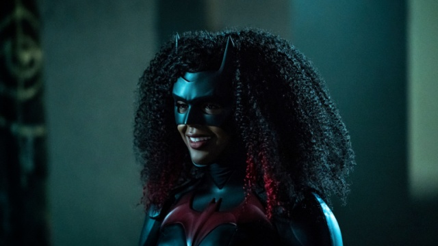 batwoman-bat-girl-magic-review-batwoman