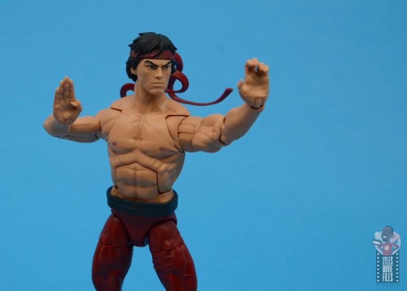marvel-legends-shang-chi-figure-review-battle-stance