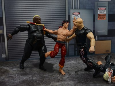 marvel-legends-shang-chi-figure-review-fighting-off-goons