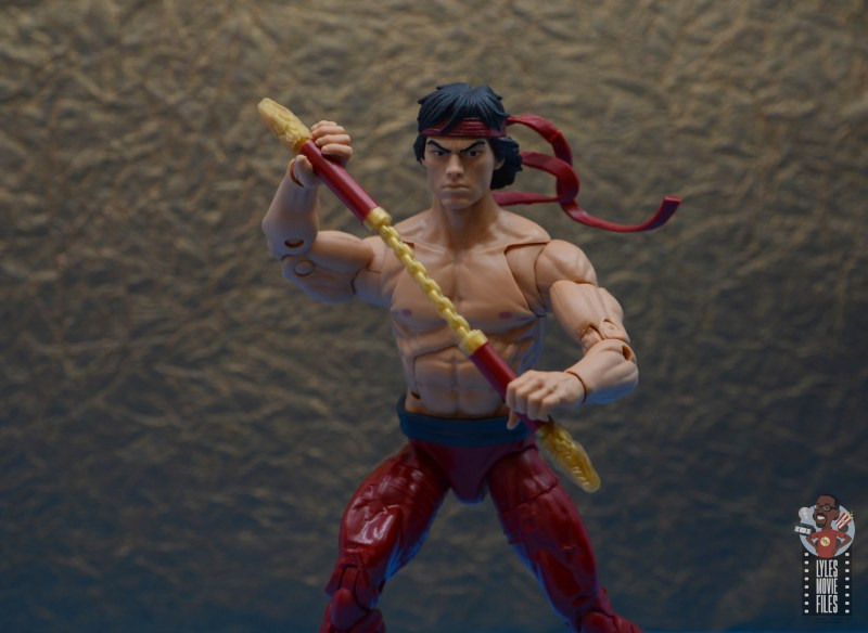 marvel-legends-shang-chi-figure-review-holding-nunchucks