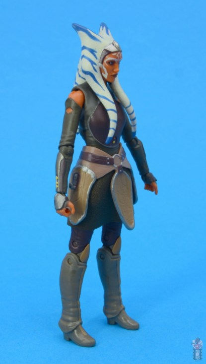 star wars the black series ahsoka tano figure review - right side