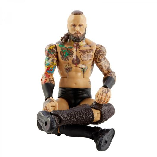 wwe elite 85 aleister black - squatting