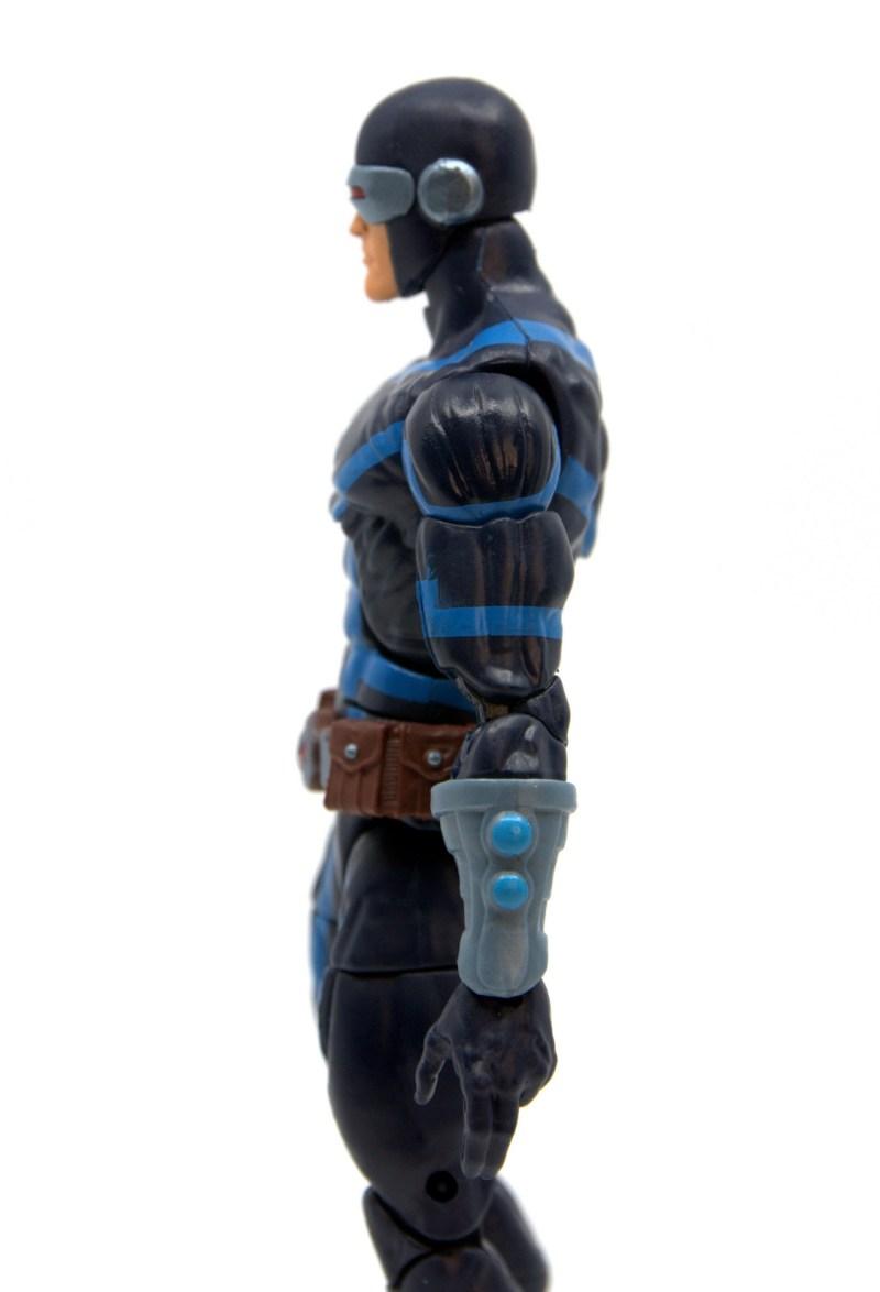 marvel legends house of x cyclops figure review - gauntlet detail