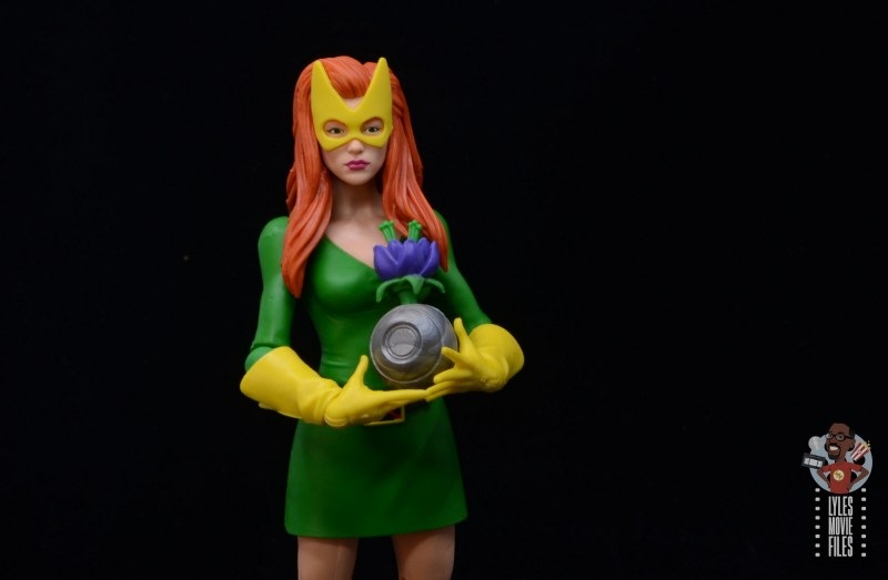 marvel legends house of x marvel girl figure review - holding krakoan plant