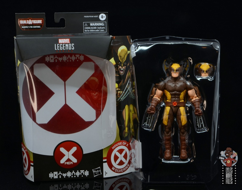 marvel legends house of x wolverine figure review -inner tray and figure
