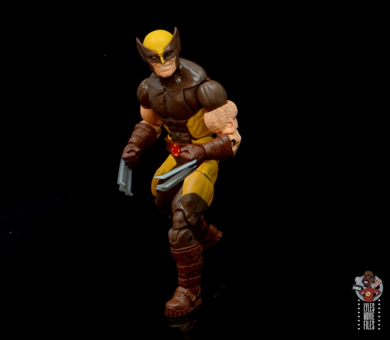 marvel legends house of x wolverine figure review - pivoting