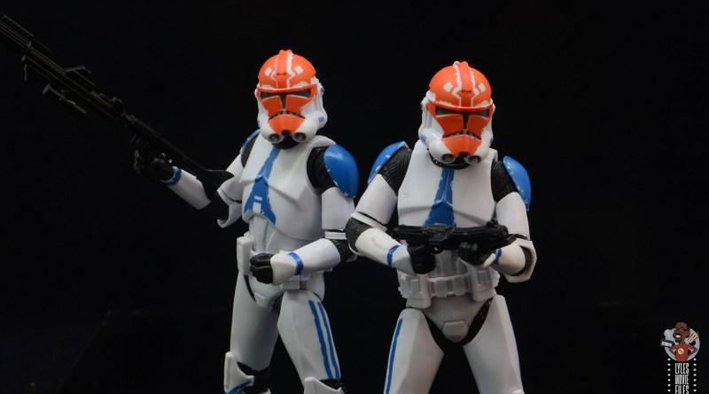 star wars the black series ahsoka's 332nd clone trooper figure review - duo main pic