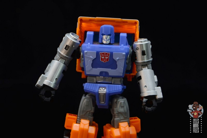 transformers kingdom war for cybertron huffer figure review - wide pic