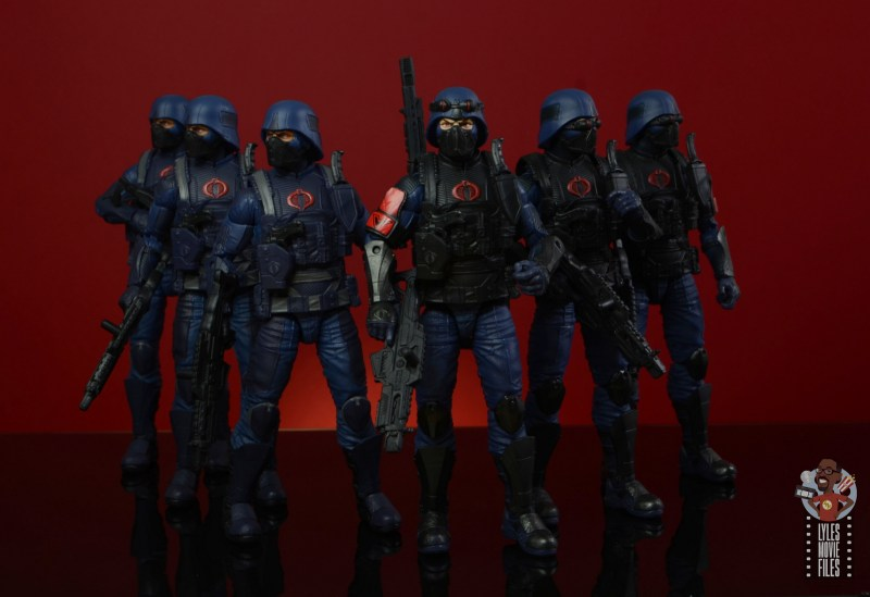 gi joe classified cobra infantry review - in formation with island troopers