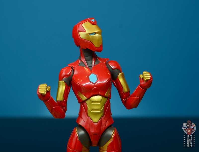 marvel legends ironheart review - head and fists up