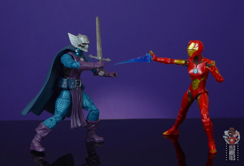 marvel legends ironheart review - vs dreadknight