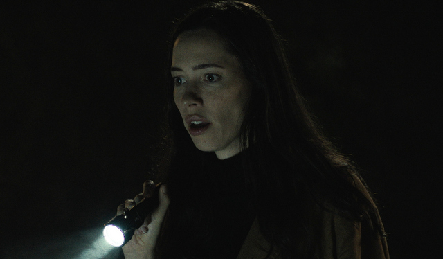the night house review - beth investigating