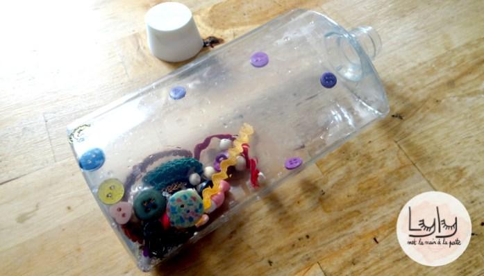 DIY tutoriel recup matériel couture : bouteille sensorielle pour bébé, retour au calme