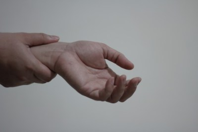 Lyme-time - wrist-pain