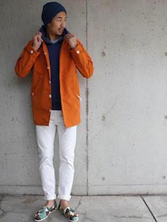春らしいコーデとスプリングコートのバランスの良い着こなし
