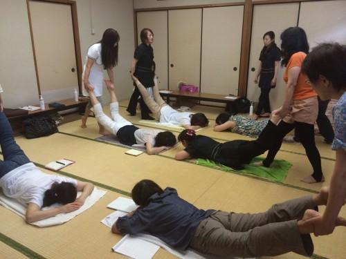 くるりんぱ  ハンドマッサージ&愛情指圧 7.19 内田2