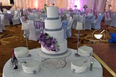 lynaconcepts.com_custom_wedding_cakes