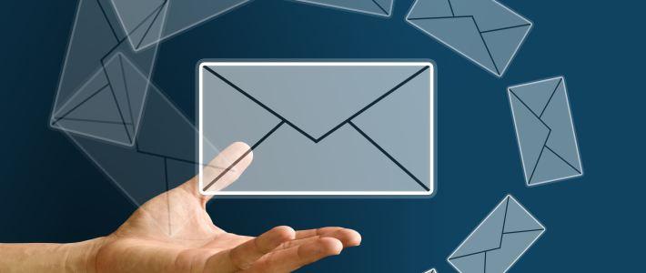 main tenue avec 7 enveloppes virtuelles d'où l' importance d'une infolettre