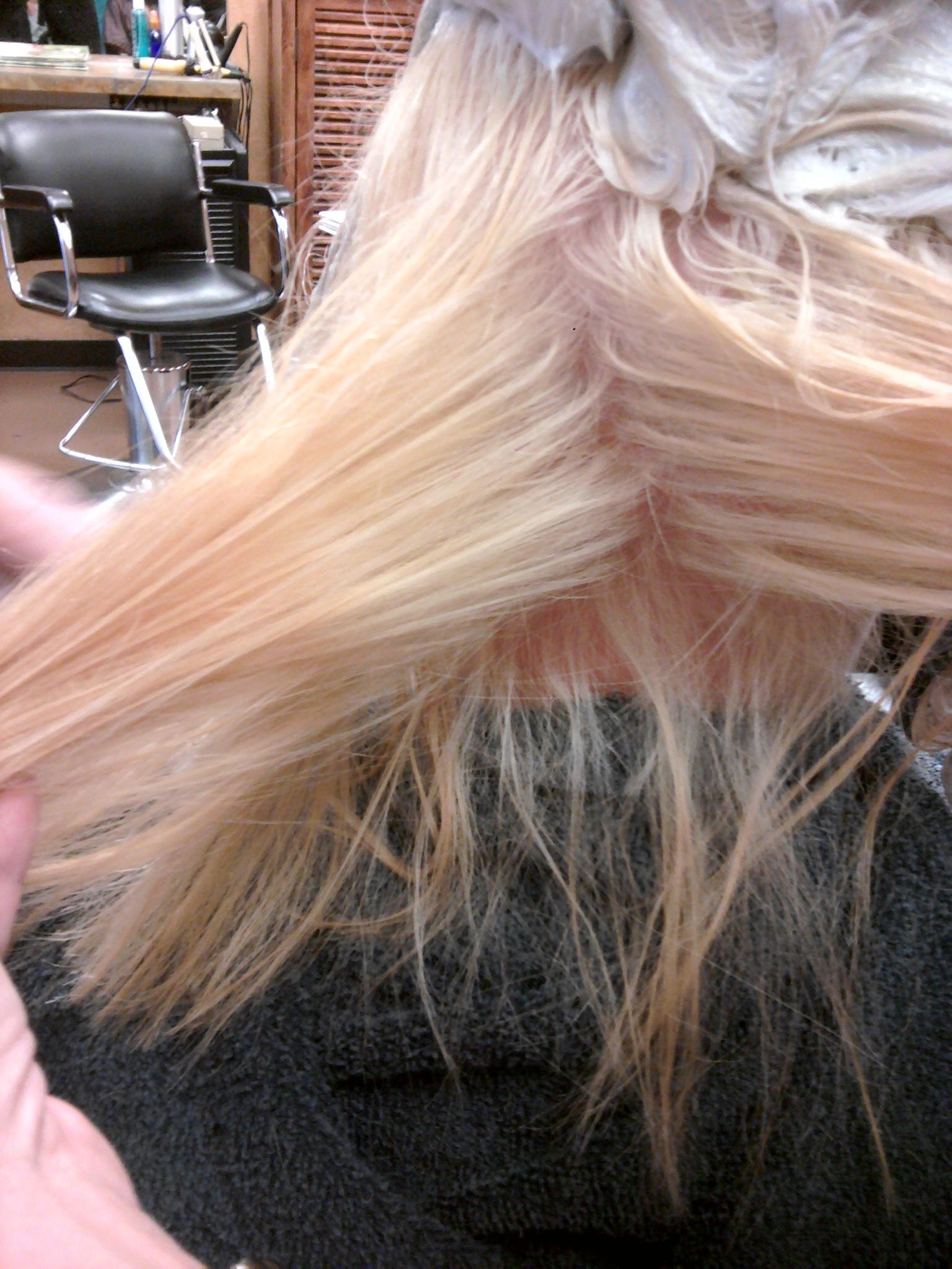 Blond Me Lyndadoesmyhair