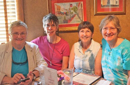 Lunch with friends at Bell House Restaurant