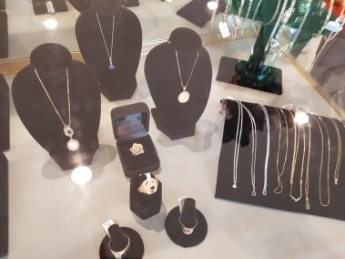 Lynda's Pawn Shop - Necklaces, Jewelry