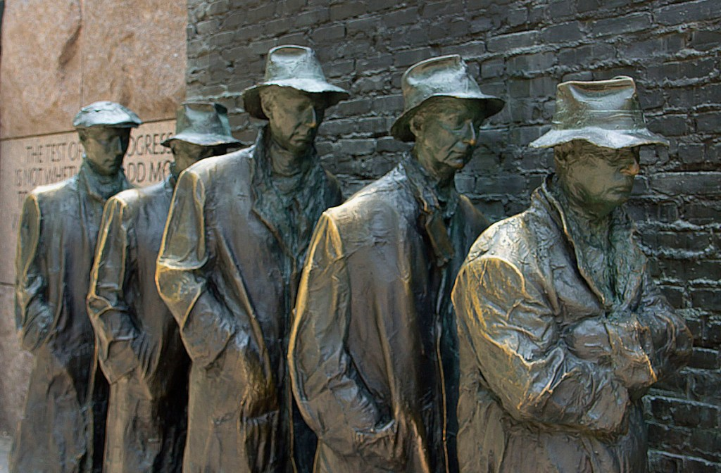 Image of Great Depression Bread line statues, Franklin Delano Roosevelt Memorial, Washington D.C. One of the bits and pieces of history.