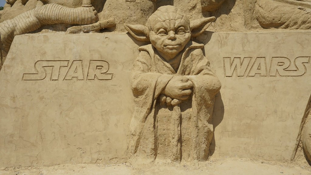 Image of Yoda in a Star Wars tribute made of sand, a May the Fourth be with you salute