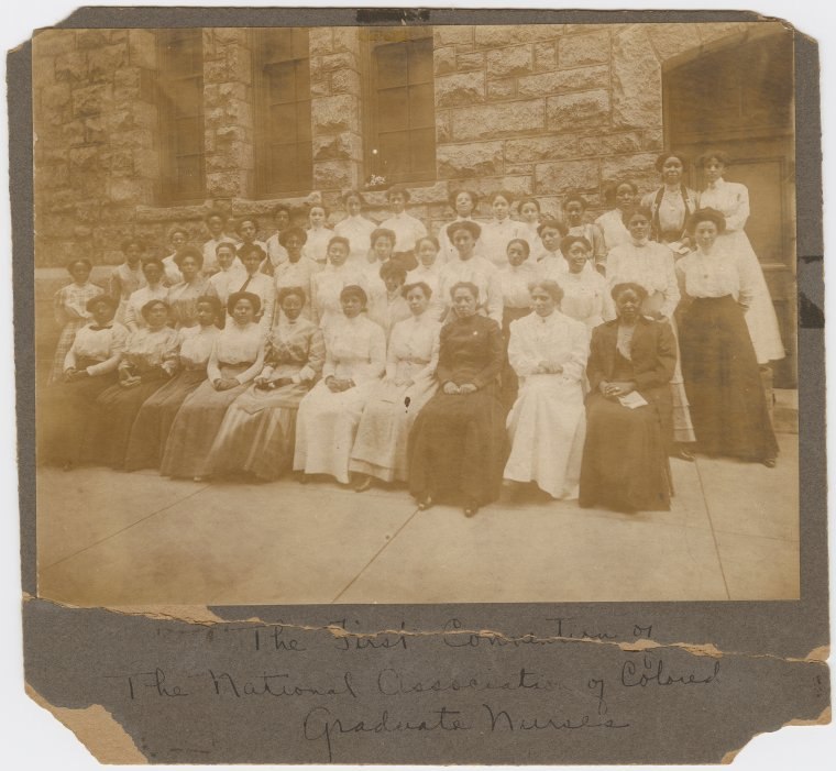 Group portrait of attendees at the first convention of the National Association of Graduate Nurses
