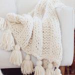 Free Chunky Knit Blanket Pattern Knit A Blanket In A Weekend Easy Beginner Pattern