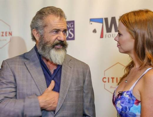 Four Kings & an Ace Charity Poker Tournament - 2016 - Lynn Gilmartin and Mel Gibson