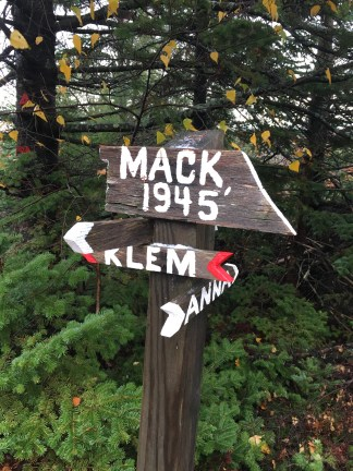 Sign near the summit of Mt. Mack, at the junction of Klem-Mack Loop, Round Pond-Mt. Mack, and Mack-Anna Link trails.