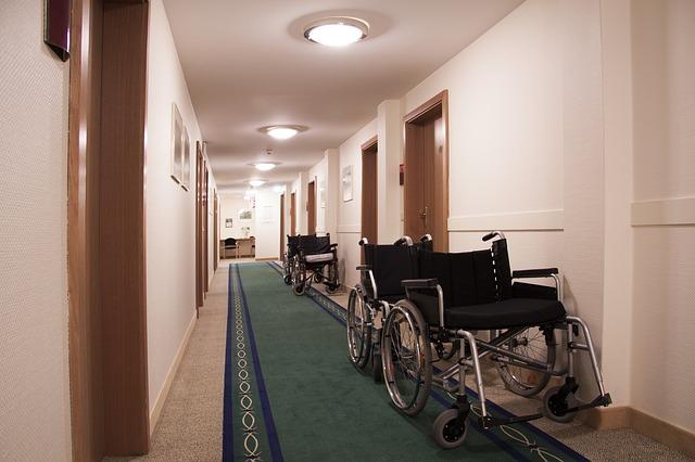rehabilitation-111391_640