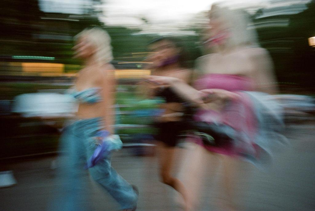 new york times young women feminism lynsey g september links