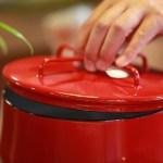 ホーロー鍋のお手入れ方法 こびりつきや剥がれ修理どうする?