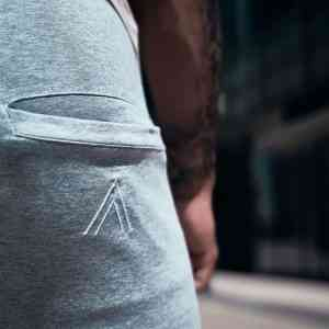 JOGGING GRIS HOMME REALITY AKAAPPAREL
