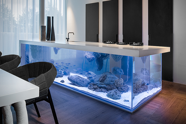 Ocean-Kitchen-Aquarium-Island-2