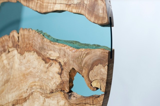 Wood-Table-With-Glass-Rivers-And-Lakes5