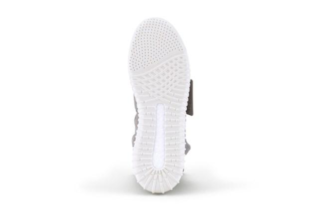 kanye-west-for-adidas-originals-yeezy-750-boost-5