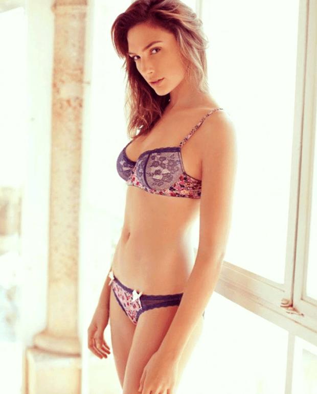 gal-gadot-sexy-12