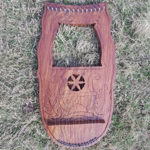 14 Strings Celtic Lyre