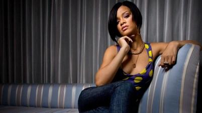 Rihanna - Kiss It Better Lyrics