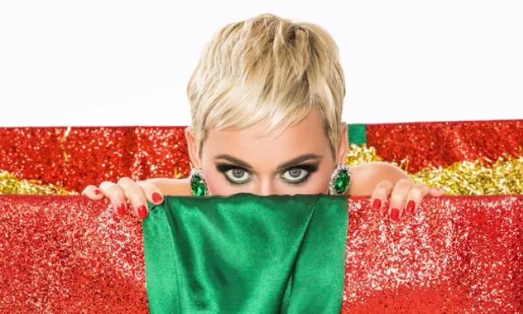 Katy Perry – Cozy Little Christmas Lyrics