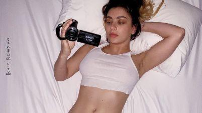 Charli XCX - pink diamond Lyrics