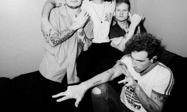 The Band CAMINO - Crying Over You Lyrics