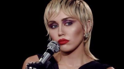 Miley Cyrus - Midnight Sky Lyrics