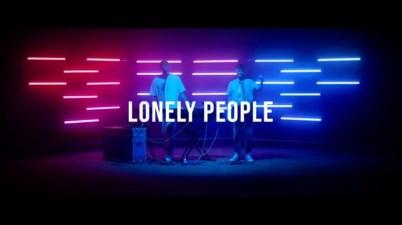 HYYTS - Lonely People Lyrics