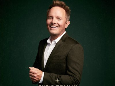 Chris Tomlin and We The Kingdom - Christmas Day Lyrics
