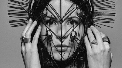 Marina Kaye - Visions Lyrics