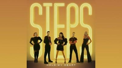 Steps - Hold My Heart Lyrics